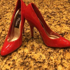 Hot Red Heels 👠
